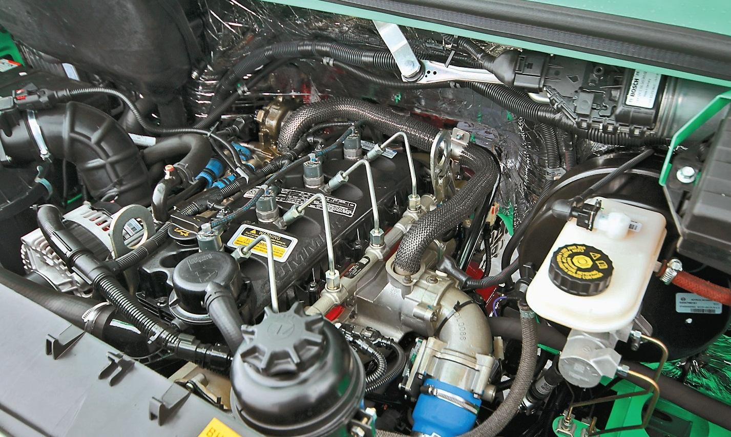 Двигатель Cummins sf-2-8
